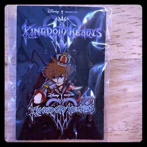 Kingdom Hearts Lapel pin